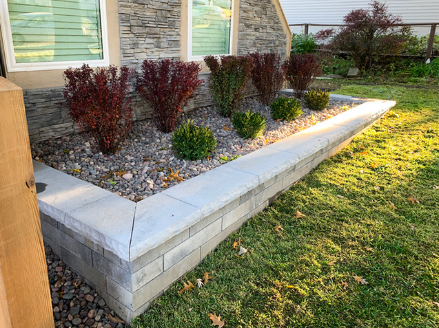 Distinctive Outdoors Landscaping and Grading