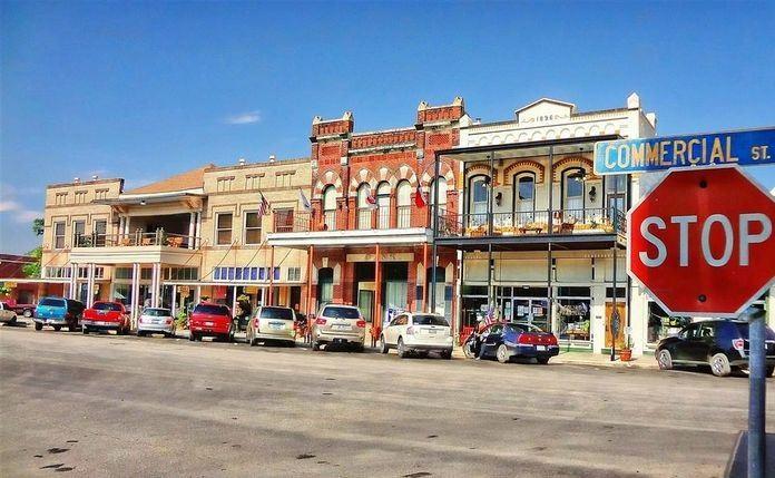 Downtown Goliad.jpg