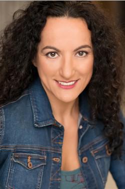 Cecilia Collar Headshot