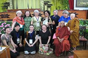 Sakyadhita-usa-vietnam-2010.jpg