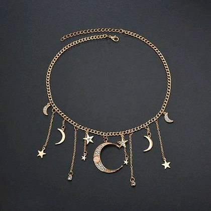Shimmering Fancy Women Necklaces & Chains