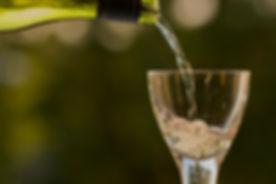 bottle-pouring-summertime-wine-glass-107