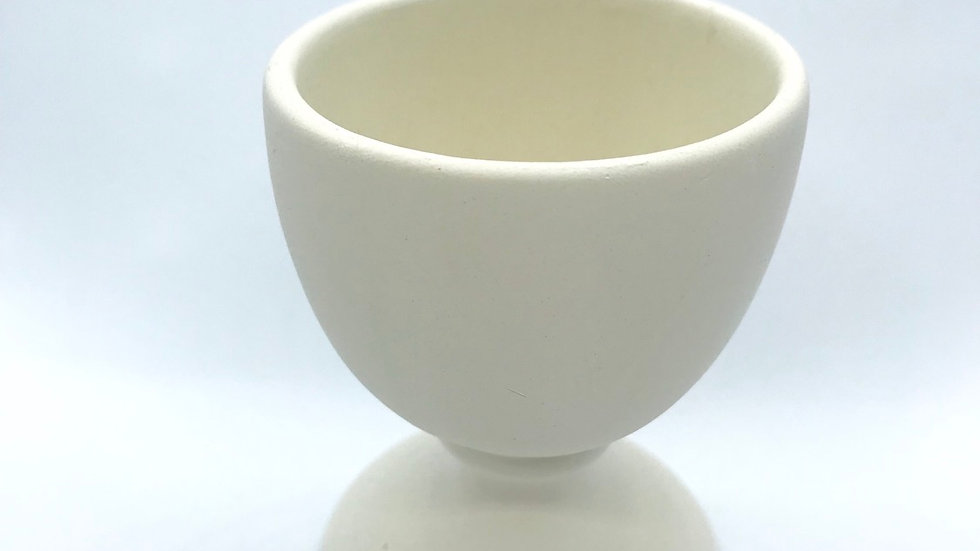 Large Excellent Egg Cup