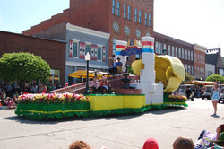 Big Tulip Float (Blankespoor)