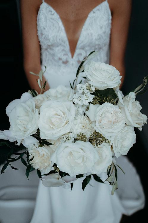 Basic bridal bouquet + button hole