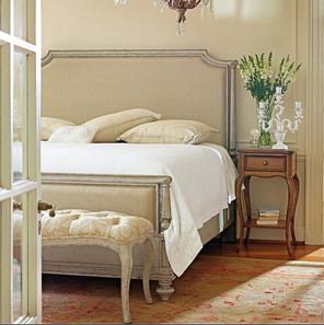 bedroom-decor-ideas-classic.jpg