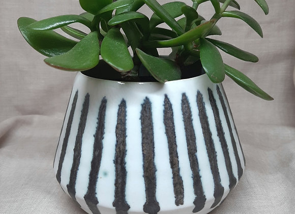 Planter with mixed oxide decoration