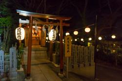 Shinto_shrine_68.jpg