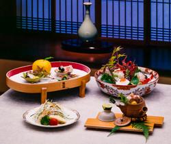 simple_meal_served_before_a_ceremonial_tea_01.jpg