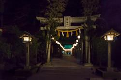 Shinto_shrine_04.jpg