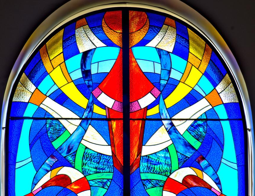 Partie supérieure des colonnes de vitraux