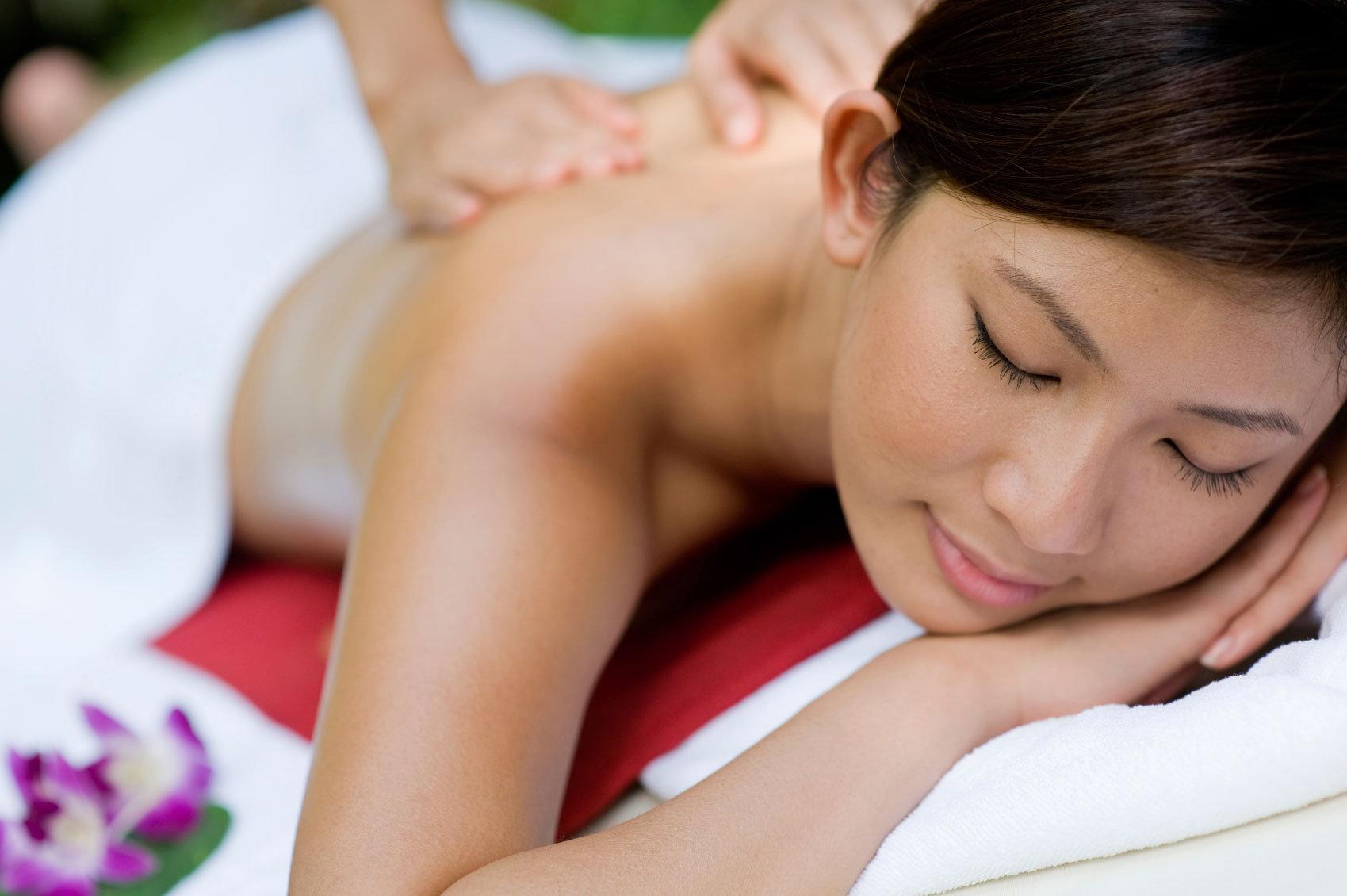 Essential Oil Massage 45min