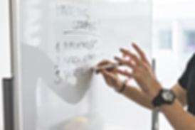 marketing-expert-explaining-new-marketin