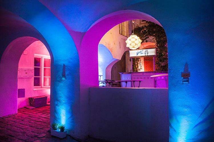 Beleuchtung Innenhof LED