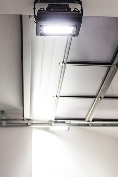 Lichtplanung Werkstatt Tor