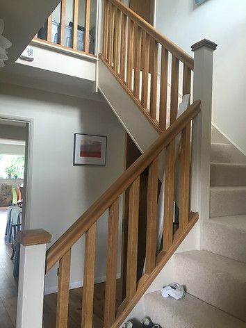 Oak Stair Ballustrading And Handrails