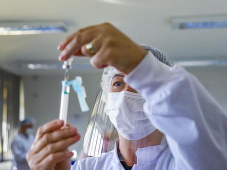 Em Curitiba, 90% receberam ao menos uma dose da vacina contra a covid-19