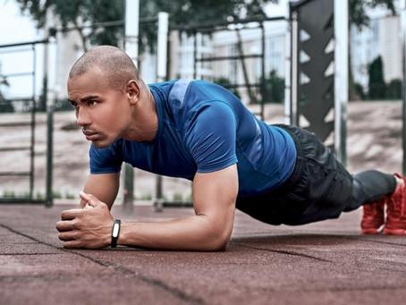 Exercícios isométricos: o que são e quais seus benefícios para o treino