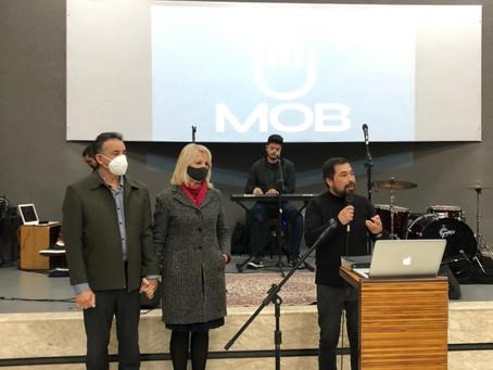 Noemia Rocha prestigia culto da Igreja MOB