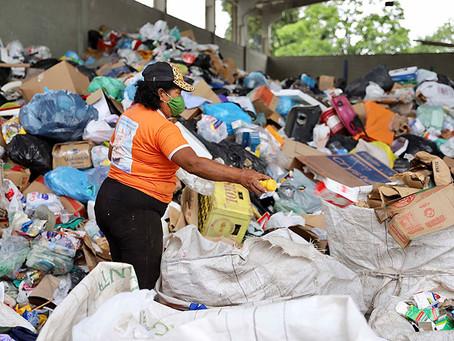 Portos do Paraná doam resíduos para a reciclagem
