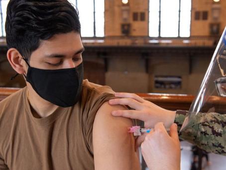 Curitiba inicia vacinação de adolescentes sem comorbidades no próximo sábado