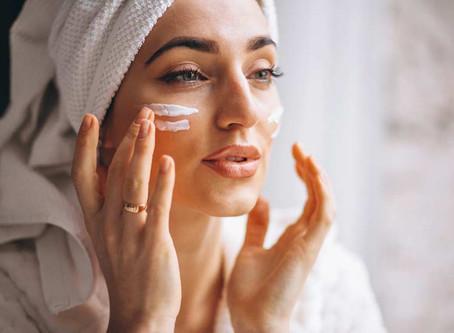 Cuidados com a pele no inverno: 6 dicas para evitar o ressecamento