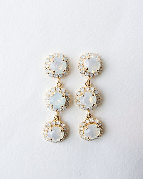 Jasmine Earrings White