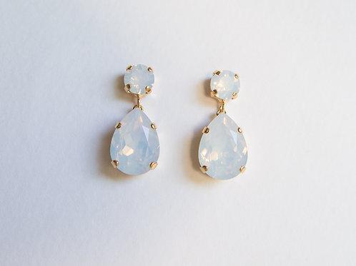 Brinley Earrings White