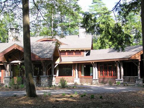 Custom Adirondack home log columns