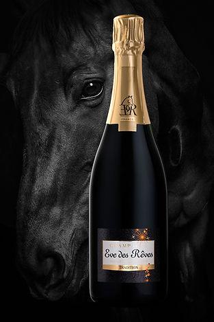 Photographie bouteille de champagne cheval