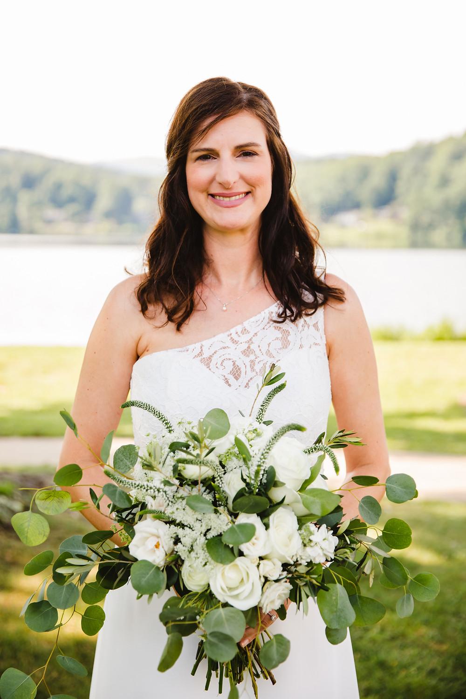 #bitanicalbridalbouquet, #bridalbouquet, #mckenziebotanicals