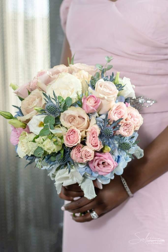 #traditionalbridalbouquet, #bridalbouquet, #mckenziebotanicals