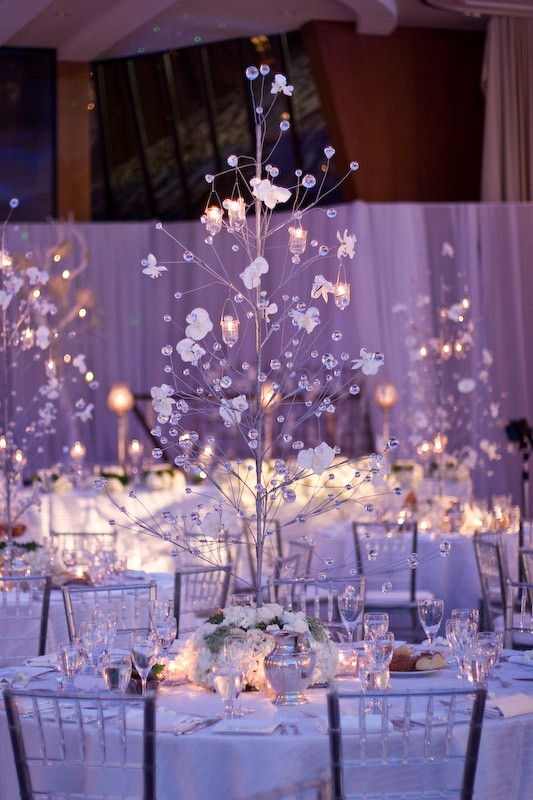 twinkle light reception, favor ideas, winter wedding decor