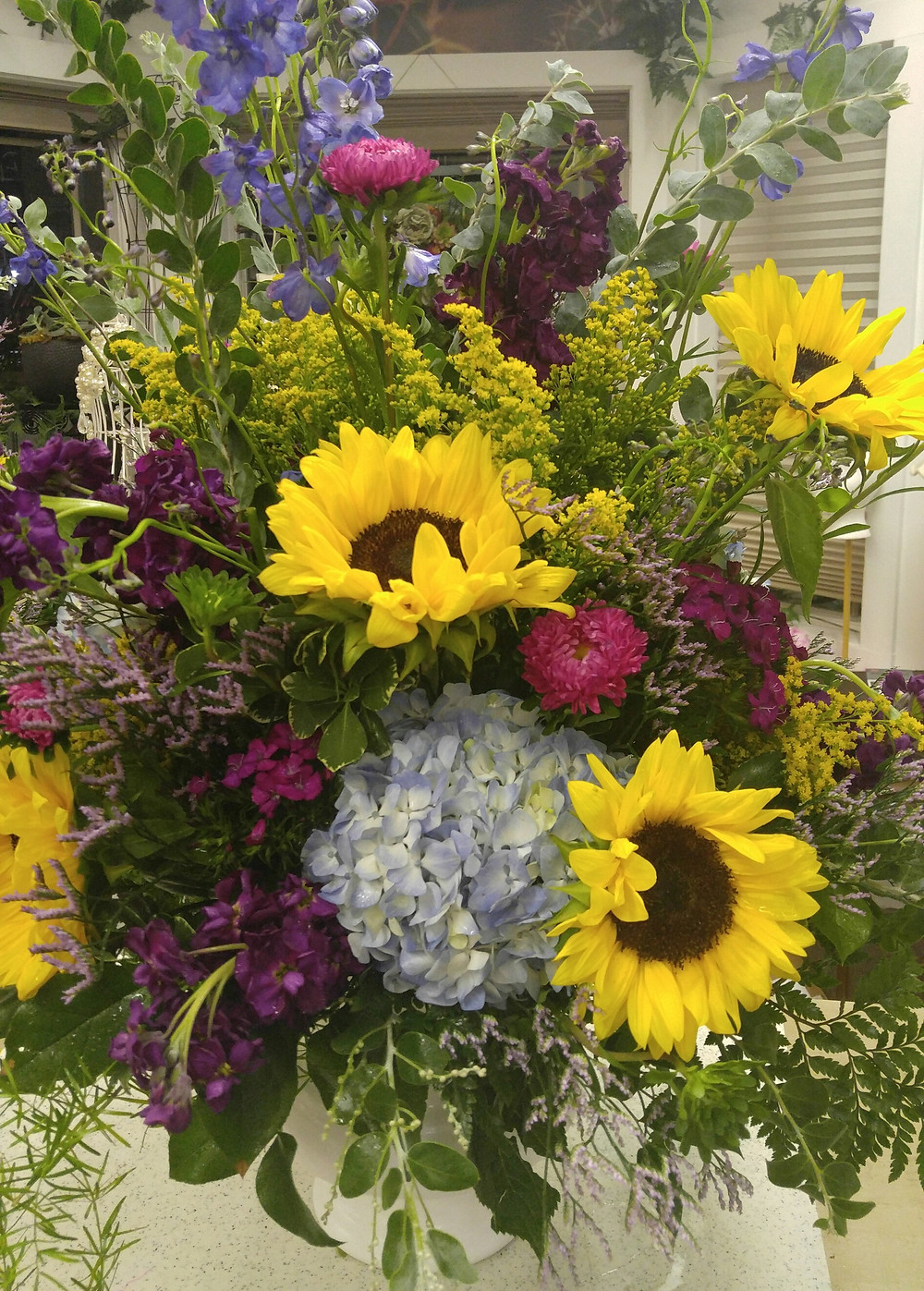 Alter Arrangement, Summer wedding, Entrance flowers, Wedding Flowers, Church Wedding