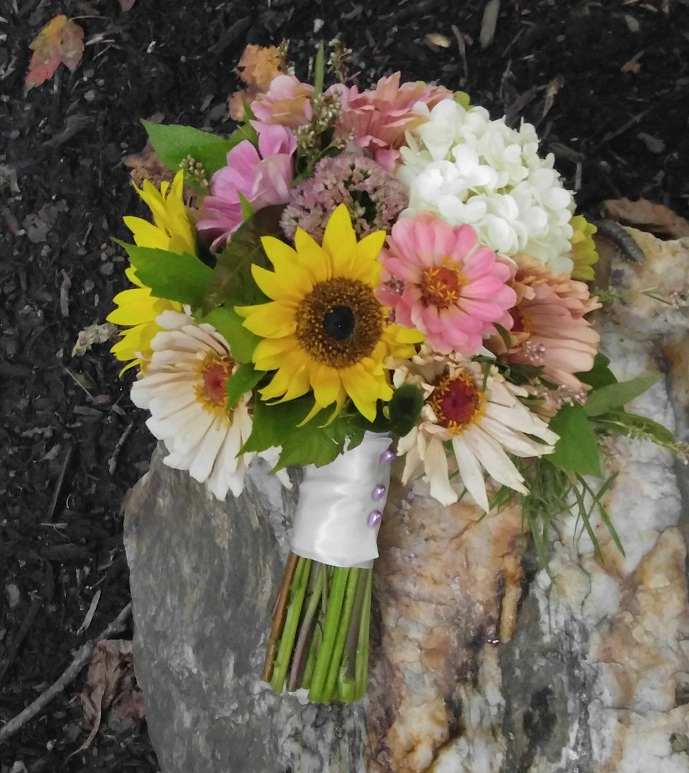 Locally Grown flowers, Eco- friendly bridal Bouquet, McKenzie Botanicals
