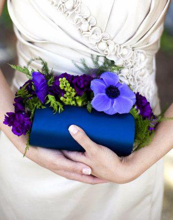 purse flowers, clutch flowers, corsage alternatives
