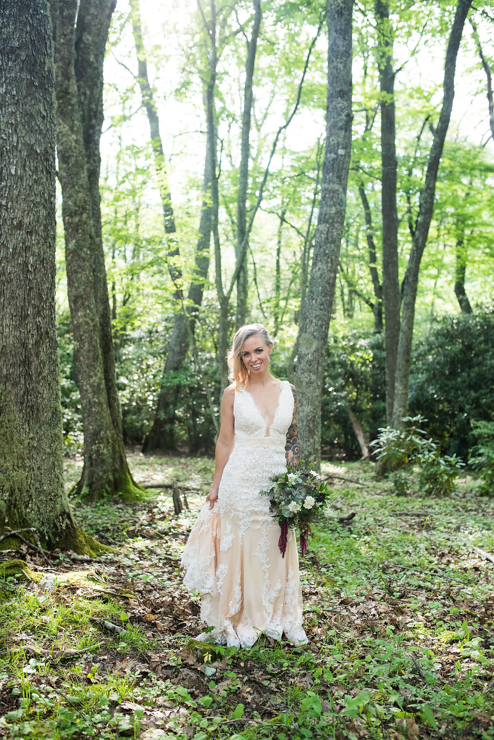 elopement flowers, WNC wedding , McKenzie Botanicals Flowers