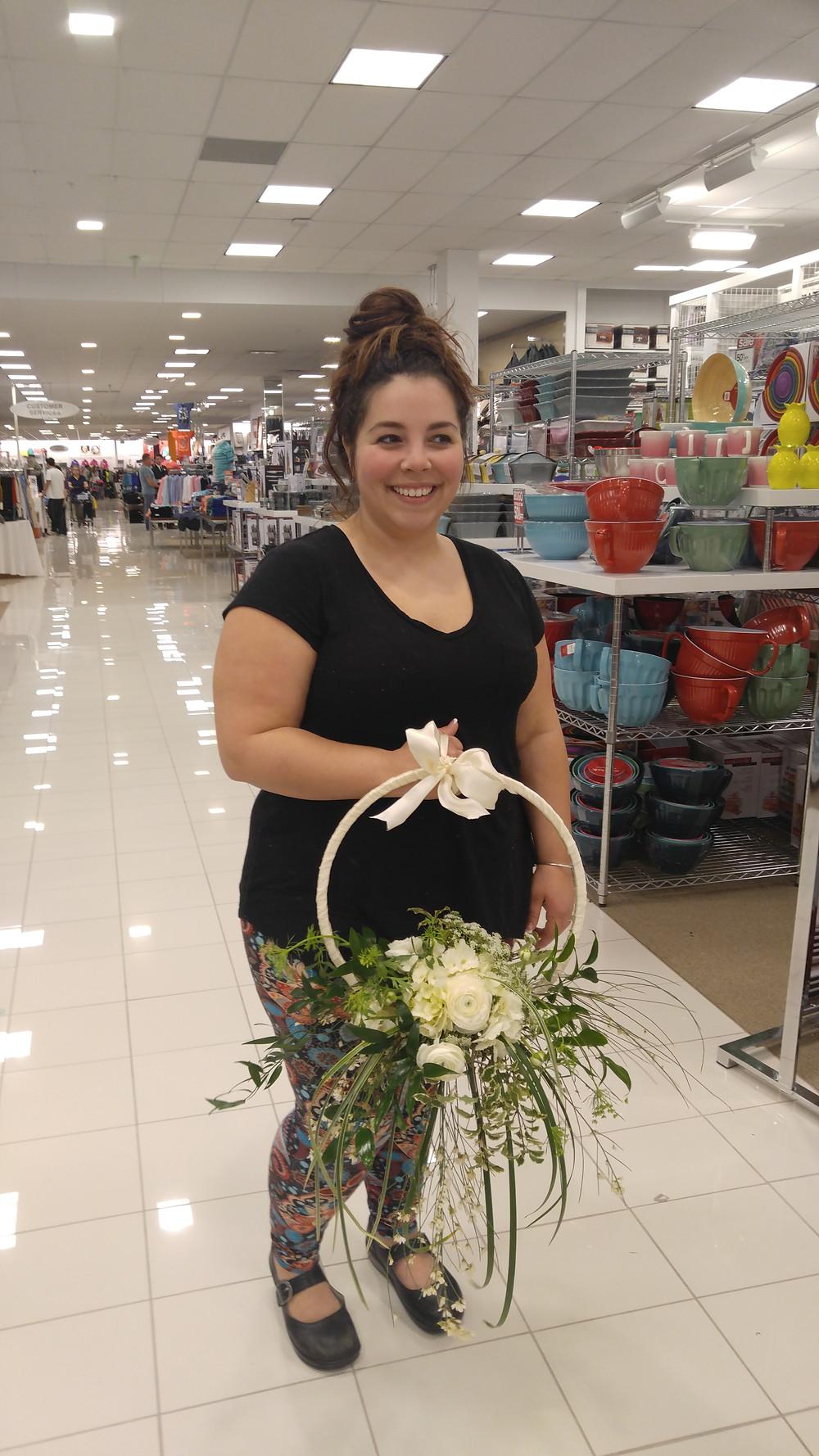 September Bride, McKenzie Botanicals, Hoop Bouquet