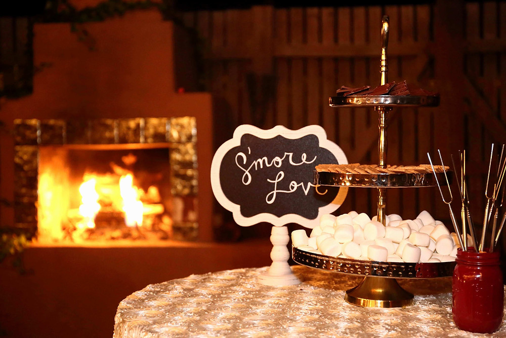 Winter Wedding, Smores station, adult hot chocolate