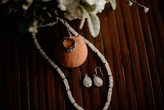 This matte jewelry…. Oh man!  #photobugc