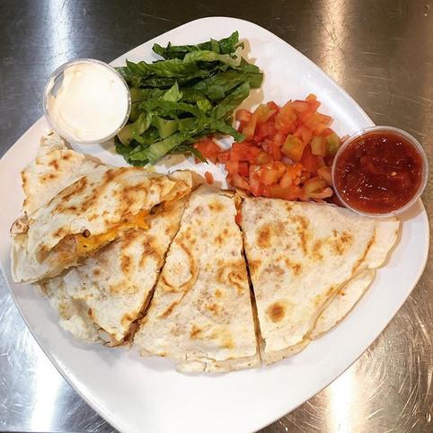 Chicken and Cheese Quesadilla #food #foo