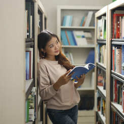 Perpustakaan yang Nyaman