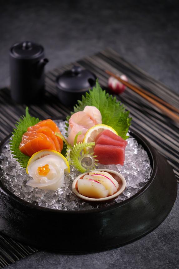 Sashimi Platter 2.jpg
