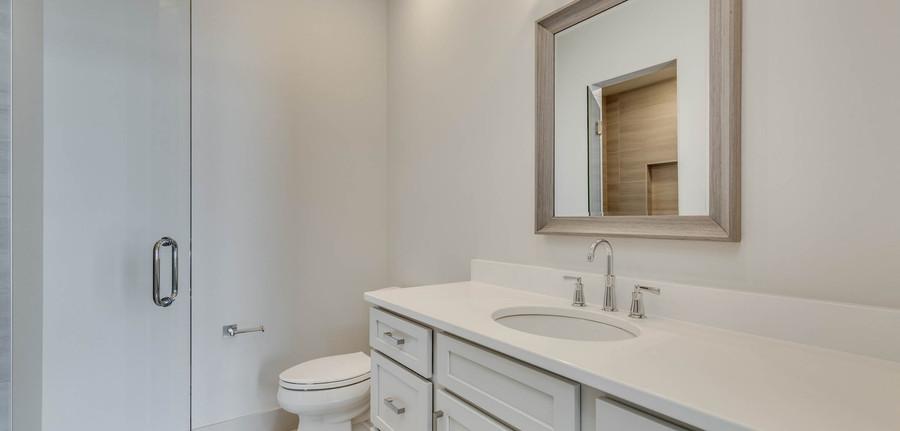 Granite Peak bathroom
