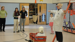 2014/15: Dr. Quark visits