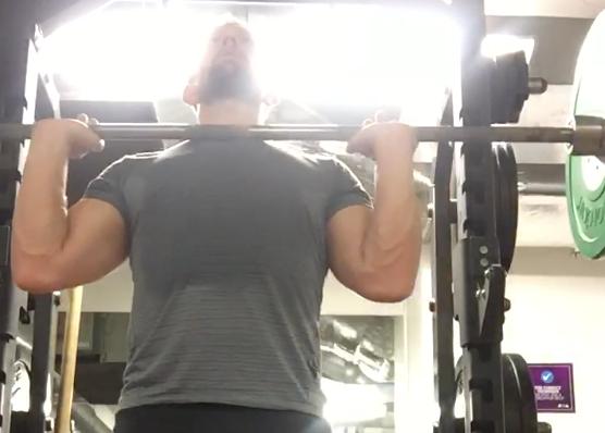 Build your shoulders