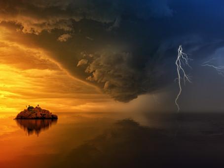 The storm arrives.....