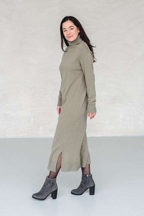 Long Knit Dress with Turtleneck Green - EU