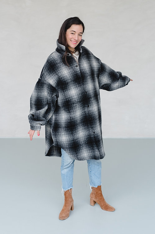 Oversized Shirt Coat Black/White - 6Pence