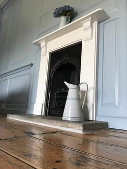 Bochym Fireplace